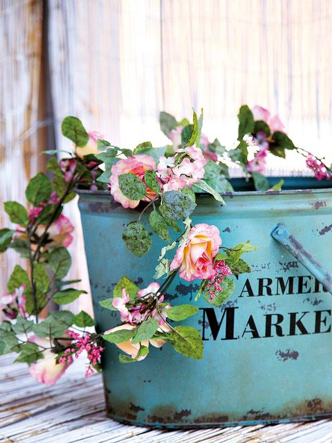 Petal, Flower, Pink, Flowerpot, Flowering plant, Floral design, Flower Arranging, Artificial flower, Creative arts, Floristry,
