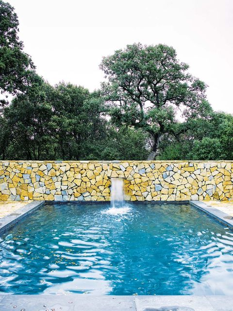 Swimming pool, Water, Property, Leisure, Tree, Vacation, Wall, House, Real estate, Architecture,