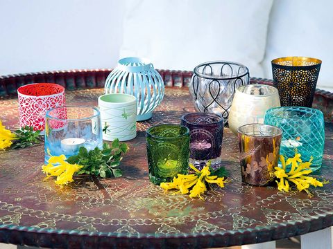 Drinkware, Serveware, Dishware, Cup, Home accessories, Cup, Flower Arranging, Porcelain, Floral design, Centrepiece,