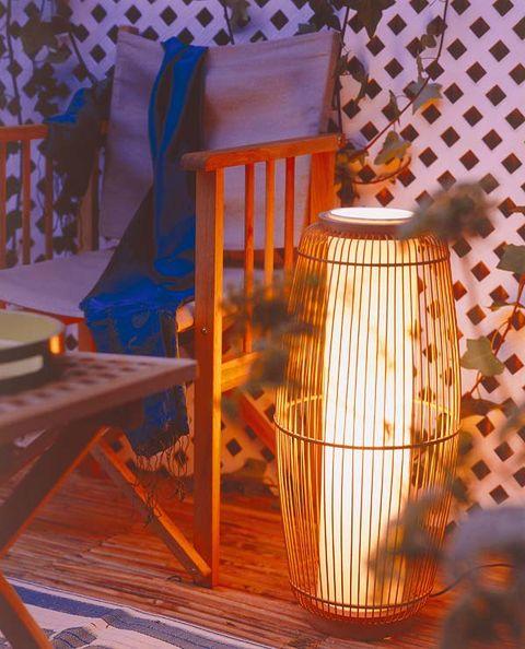 Interior design, Lantern, Hardwood, Chiavari chair, Interior design, Lighting accessory, Linens, Windsor chair,