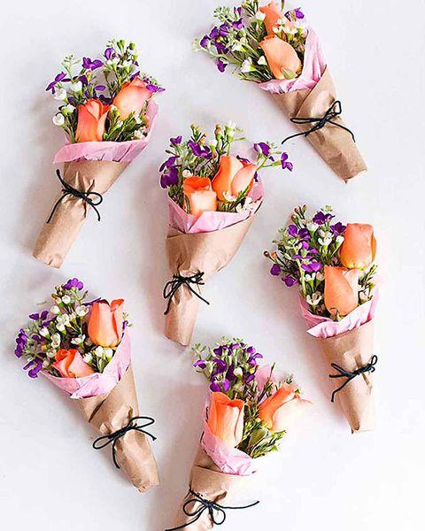 sencillos adornos florales