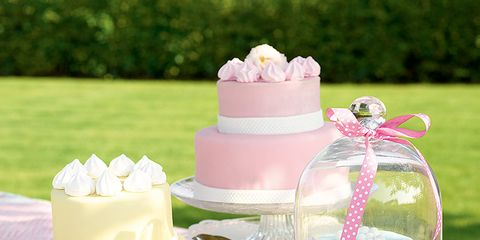 Serveware, Party supply, Sweetness, Dishware, Cuisine, Food, Dessert, Ingredient, Pink, Cake,