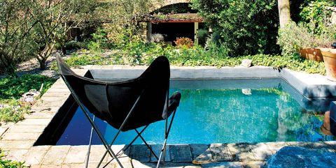 Property, Blue, Swimming pool, Tree, Backyard, Real estate, House, Leisure, Yard, Furniture,