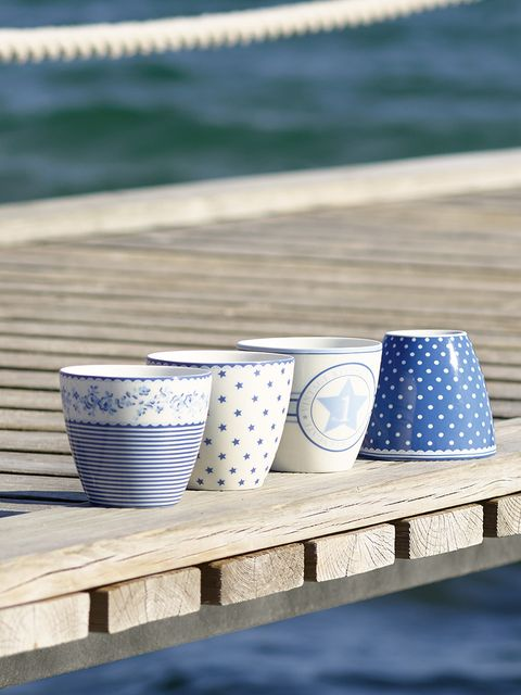 Blue, Serveware, Dishware, Blue and white porcelain, Drinkware, Porcelain, Cup, Tableware, Aqua, Turquoise,
