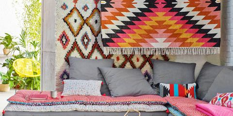 Room, Textile, Interior design, Furniture, Table, Couch, Living room, Home, Coffee table, Home accessories,
