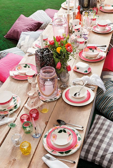 Pink, Table, Brunch, Food, Tablecloth, Textile, Furniture, Meal, Event, Flower,
