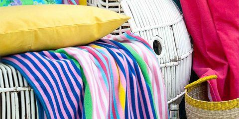 Textile, Bag, Linens, Home accessories, Fish, Basket, Picnic basket, Plate, Shoulder bag, Wicker,