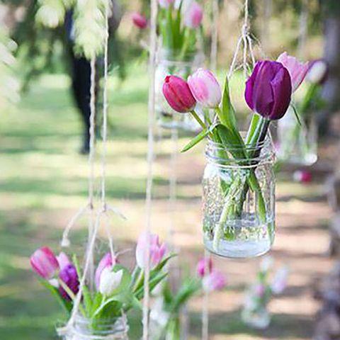 Petal, Flower, Purple, Glass, Pink, Lavender, Magenta, Flowering plant, Flower Arranging, Cut flowers,