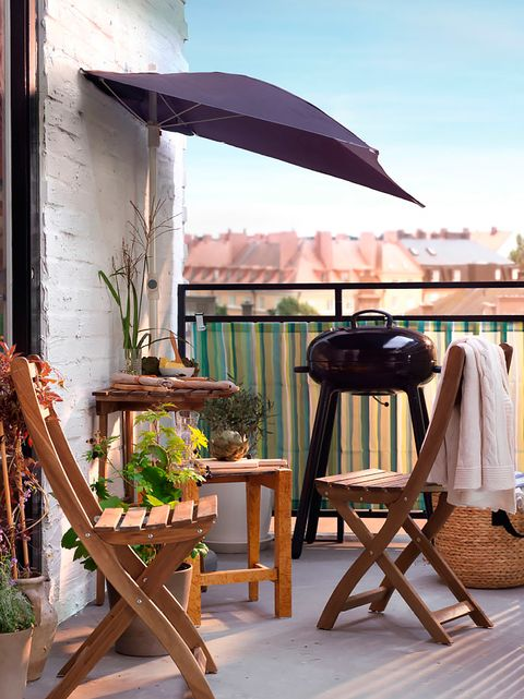 Wood, Hardwood, Houseplant, Lumber, Flowerpot, Umbrella, Outdoor table,