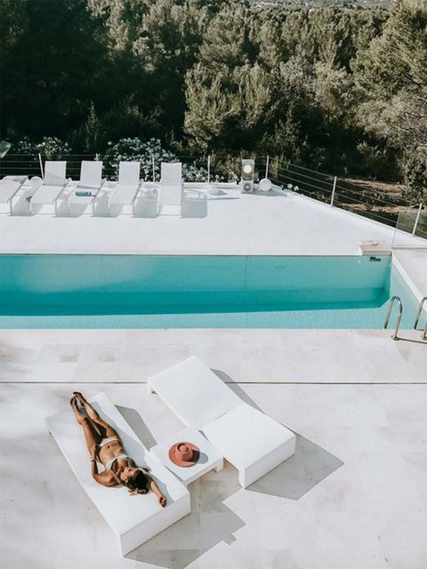 White, Swimming pool, Table, Architecture, Furniture, Outdoor furniture, Sunlounger, Leisure,