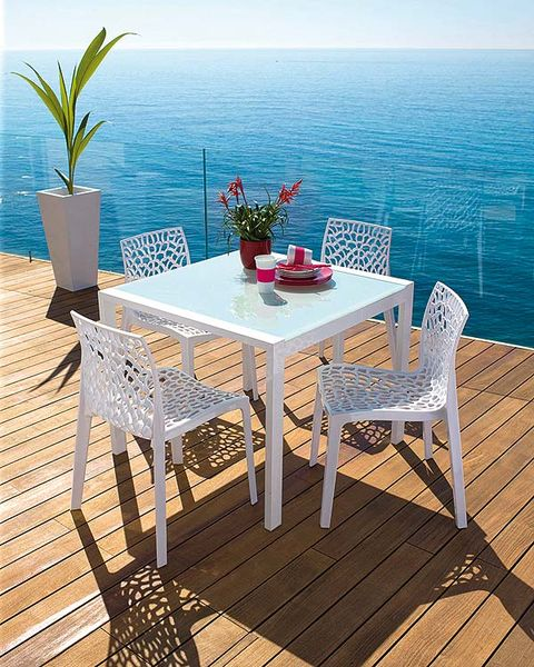 Wood, Table, Furniture, Hardwood, Floor, Flowerpot, Flooring, Wood flooring, Outdoor table, Azure,