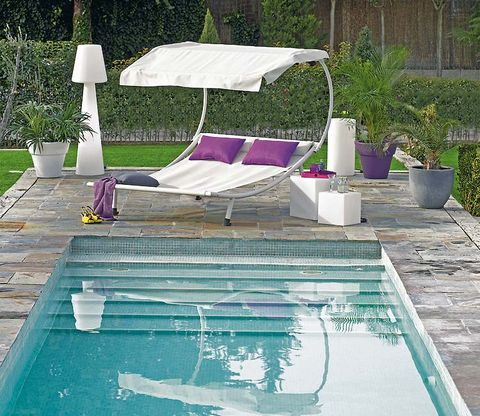 Swimming pool, Sunlounger, Outdoor furniture, Furniture, Grass, Backyard, Leisure, Patio, Umbrella, Shade,