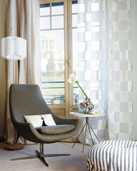 Room, Floor, Interior design, Flooring, Furniture, Wall, Interior design, Fixture, Chair, Window treatment,