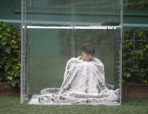 Transparent material,