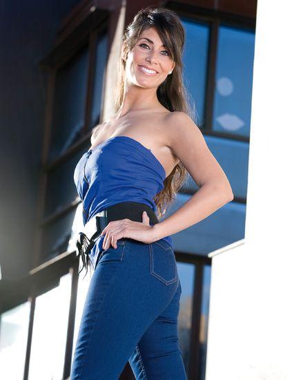 Blue, Sleeve, Shoulder, Waist, Electric blue, Cobalt blue, Beauty, Fashion model, Azure, Model,
