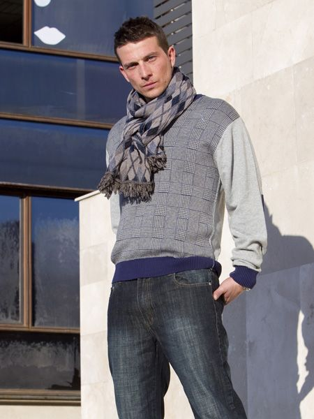 Clothing, Sleeve, Denim, Trousers, Jeans, Shoulder, Textile, Standing, Outerwear, Pocket,
