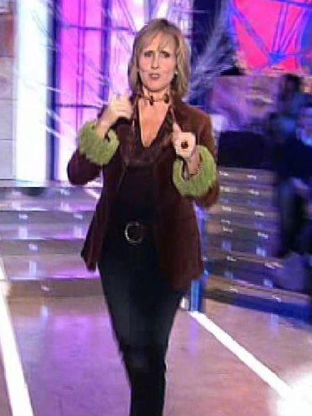 Sleeve, Fashion, Electric blue, Purple, Blazer, Violet, Pantsuit, Blond, Active pants, Leggings,