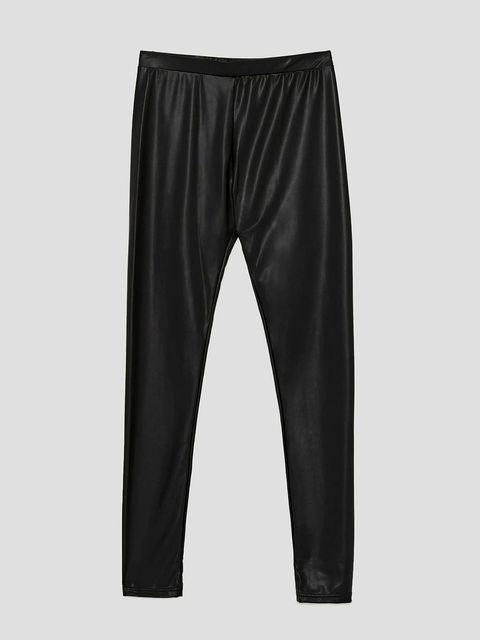 Textile, Style, Shorts, Active pants, Black, Electric blue, Active shorts, Swimwear, Pocket, Fashion design,