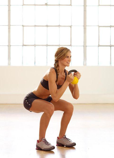 Weights, Arm, Exercise equipment, Kettlebell, Human leg, Standing, Knee, Leg, Thigh, Physical fitness,