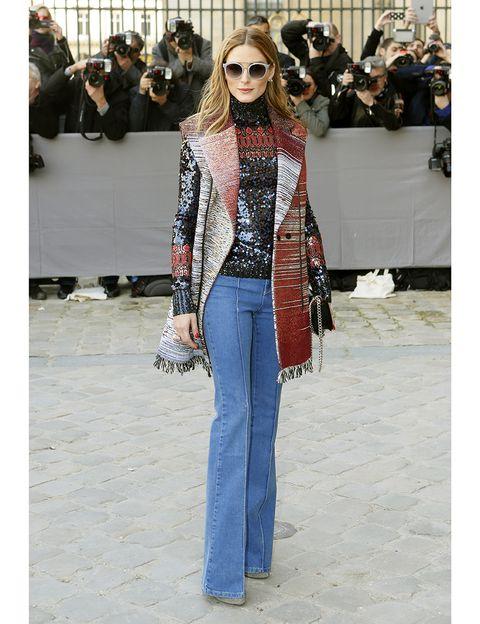 Clothing, Eyewear, Vision care, Trousers, Bag, Denim, Textile, Outerwear, Jeans, Sunglasses,
