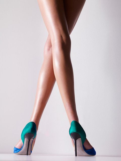 Human leg, Leg, Footwear, Calf, High heels, Ankle, Turquoise, Shoe, Thigh, Foot,