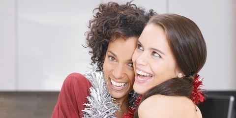 Hair, Facial expression, Hairstyle, Smile, Beauty, Fashion, Friendship, Fun, Lip, Forehead,