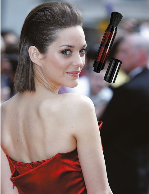 Lip, Hairstyle, Red, Earrings, Strapless dress, Eyelash, Dress, Style, Beauty, Fashion,