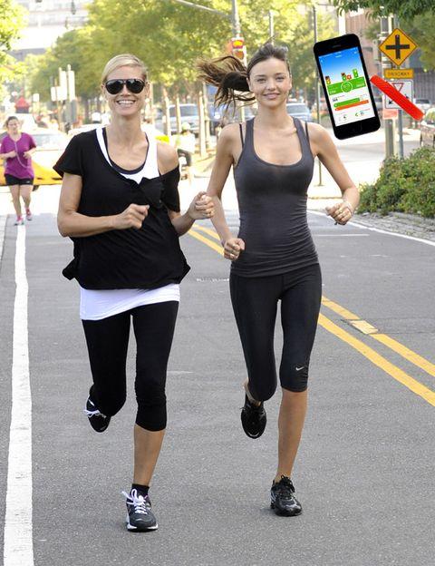 Footwear, Leg, Smile, Style, Sleeveless shirt, Active pants, Sunglasses, Street fashion, Knee, Thigh,