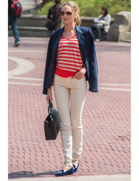 Clothing, Footwear, Eyewear, Leg, Brown, Sleeve, Trousers, Bag, Textile, Sunglasses,