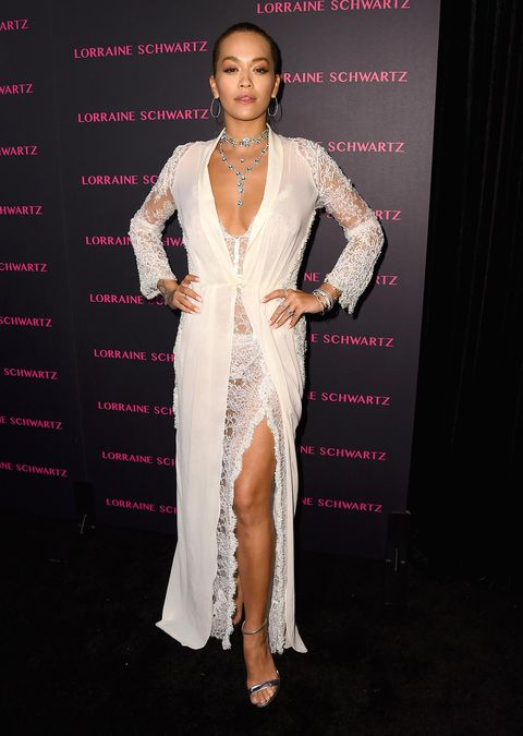 Style, Jewellery, Fashion model, Fashion, Dress, Eyelash, Necklace, Model, Fashion design, Haute couture,