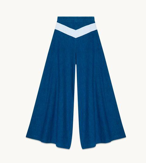 Blue, Sleeve, Electric blue, Aqua, Uniform, Azure, Cobalt blue, Costume, Turquoise, Costume design,