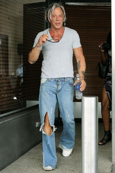 Footwear, Leg, Denim, Trousers, Human body, Shoulder, Jeans, Human leg, Standing, Joint,