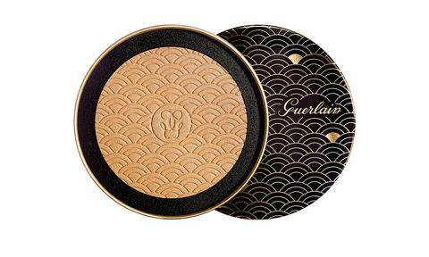 Cosmetics, Face powder, Beige, Circle, Eye shadow,