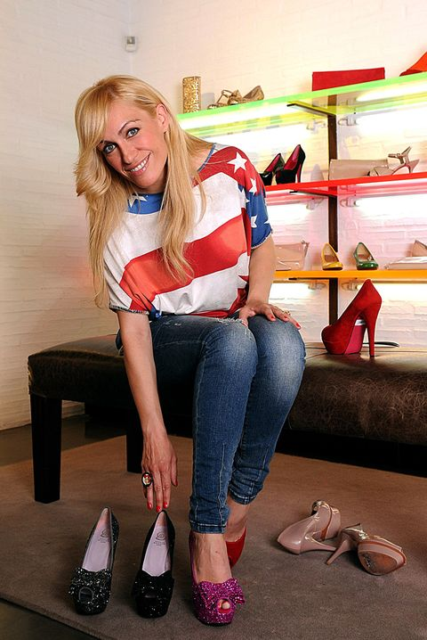Jeans, Denim, Knee, Foot, Blond, High heels, Long hair, Sandal, Basic pump, Court shoe,
