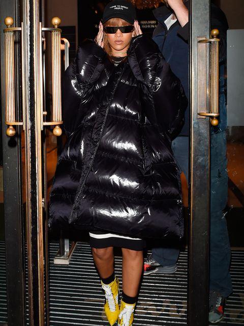 Sleeve, Textile, Jacket, Outerwear, Hat, Coat, Street fashion, Cap, Sunglasses, Fashion,