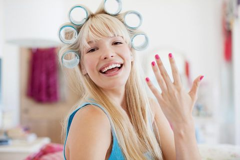 Hair, Face, Skin, Facial expression, Pink, Blond, Beauty, Head, Smile, Ear,