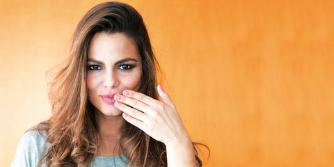 Lip, Finger, Skin, Shoulder, Joint, Eyelash, Elbow, Jaw, Organ, Beauty,