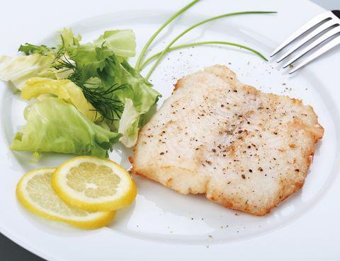 Food, Dishware, Ingredient, Citrus, Cuisine, Fruit, Tableware, Lemon, Garnish, Serveware,