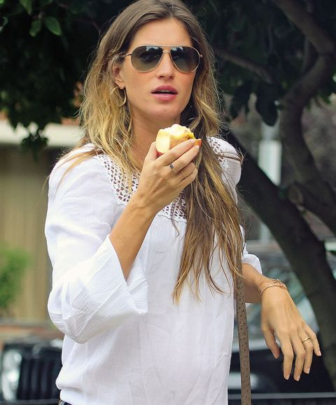 Eyewear, Glasses, Vision care, Finger, Sunglasses, Hand, Long hair, Street fashion, Cuisine, Blond,