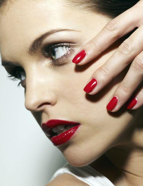 Finger, Lip, Skin, Eyebrow, Eyelash, Red, Nail, Style, Beauty, Eye shadow,