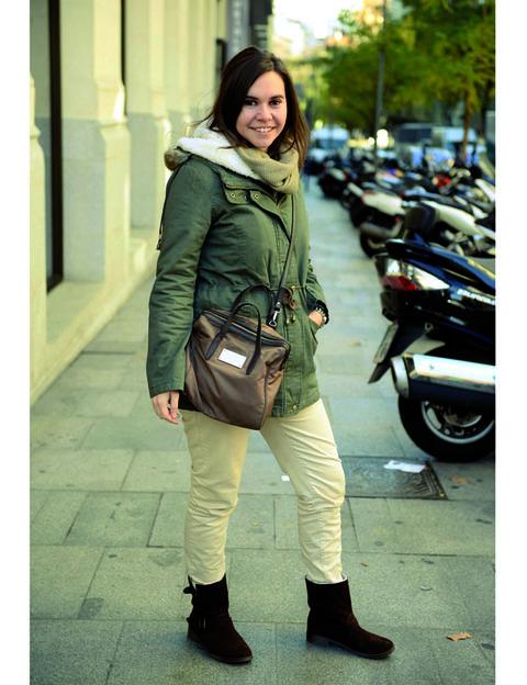 Outerwear, Bag, Automotive tire, Khaki, Jacket, Coat, Street fashion, Fashion accessory, Auto part, Luggage and bags,