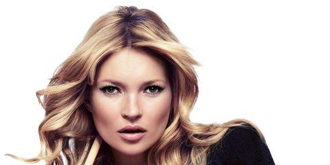 Nose, Lip, Hairstyle, Chin, Eyebrow, Eyelash, Style, Fashion model, Long hair, Fashion,