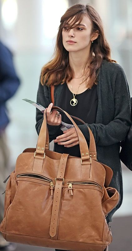 Brown, Bag, Jewellery, Style, Fashion accessory, Beauty, Leather, Shoulder bag, Tan, Fashion,