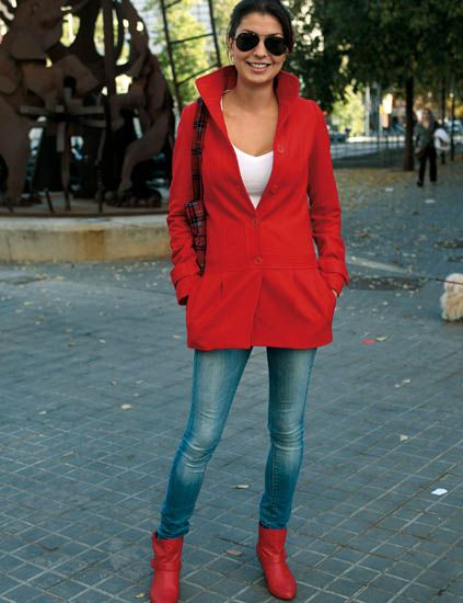 Clothing, Lip, Sleeve, Human leg, Red, Textile, Outerwear, Standing, Sunglasses, Style,