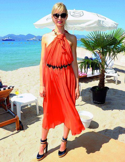 Eyewear, Tourism, Dress, Sunglasses, Summer, Hat, Vacation, Fashion accessory, Holiday, Travel,