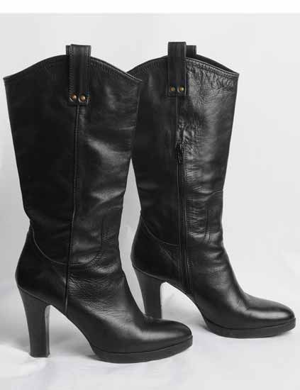 Footwear, Boot, Leather, Fashion, Black, Natural material, Fashion design, Motorcycle boot, Synthetic rubber,