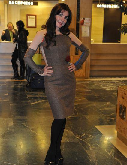 Human body, Dress, Fashion, High heels, Knee, Waist, Leather, Tights, Street fashion, Fashion model,