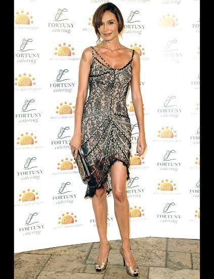Clothing, Footwear, Leg, Dress, Shoulder, Joint, One-piece garment, Style, Jewellery, Waist,