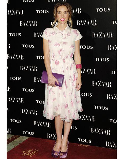 Clothing, Dress, Pink, Style, One-piece garment, Pattern, Formal wear, Flooring, Day dress, Fashion,