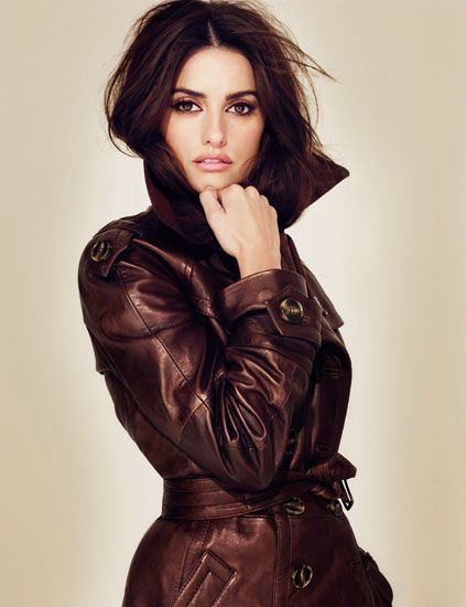 Clothing, Lip, Brown, Hairstyle, Sleeve, Textile, Style, Leather, Fashion model, Jacket,